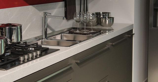 moderní malá kuchyně