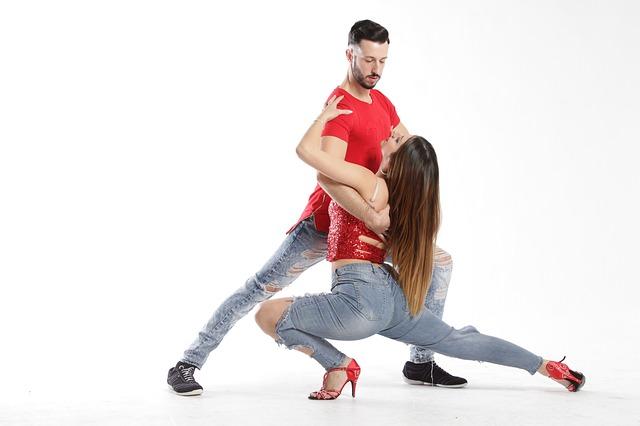 taneční kreace.jpg